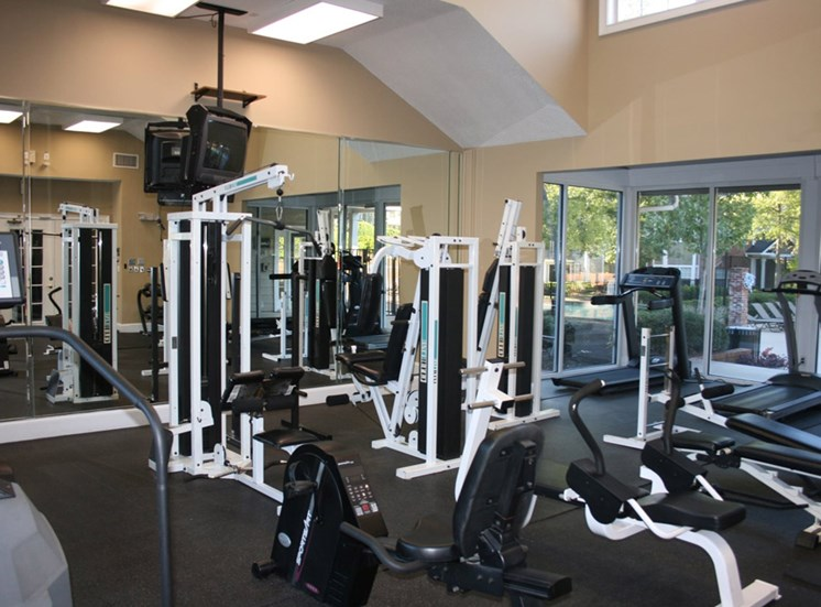Spacious Fitness Center at Grande Oaks
