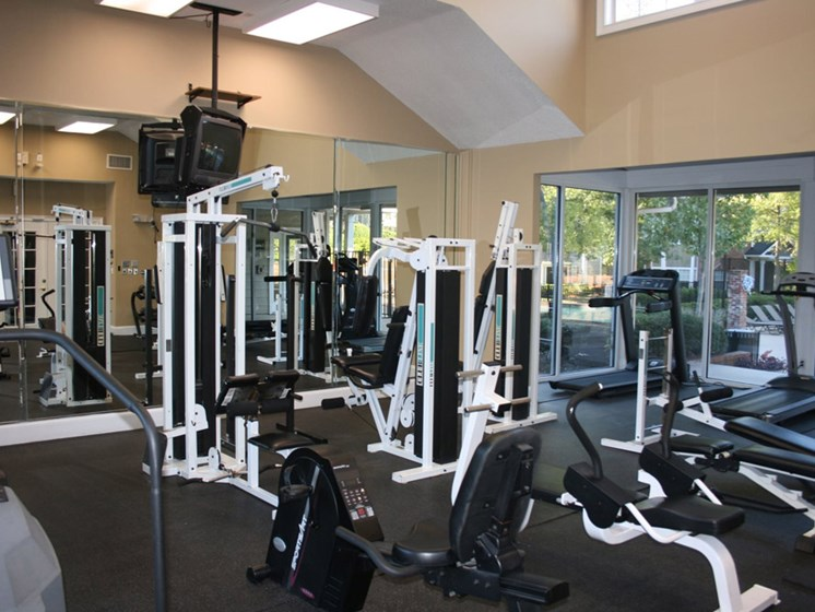 Spacious Fitness Center at Grande Oaks