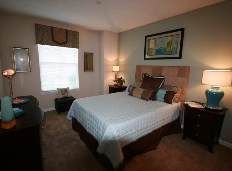 Spacious Bedrooms With Oversized Windows at Grande Club, Duluth,