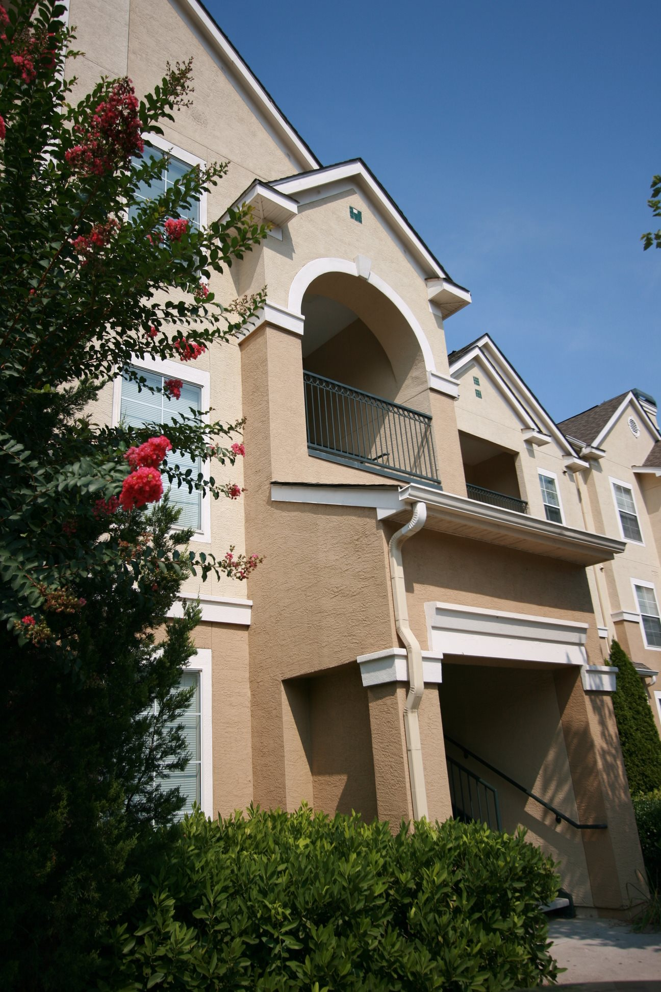 Grande Club, Duluth, GA,30096 have Private Patios and Balconies