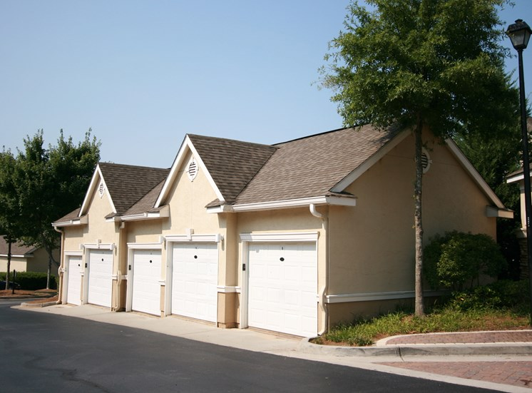 Garages Available at Grande Club, Duluth, GA,30096