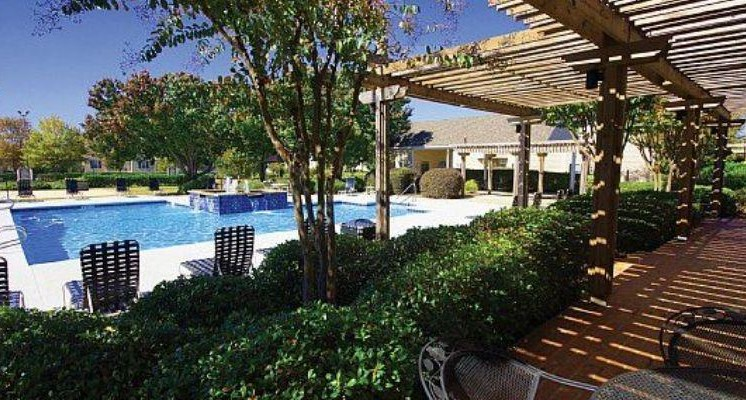 Bradford Place, Warner Robbins, GA,31088 has Resort-Style Pool and Sundeck