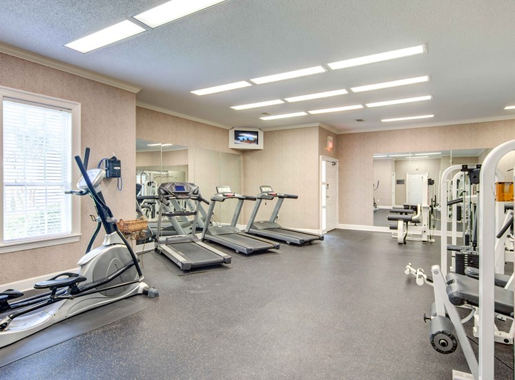 Professional Grade Fitness Center at Bradford Place Apartments, Warner Robbins, GA