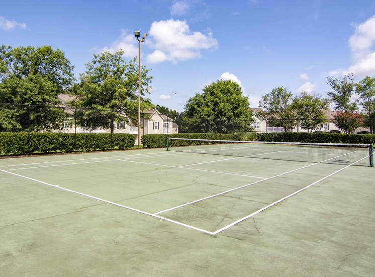 Lighted Tennis Court and Sports Court at Bradford Place Apartments, Georgia, 31088