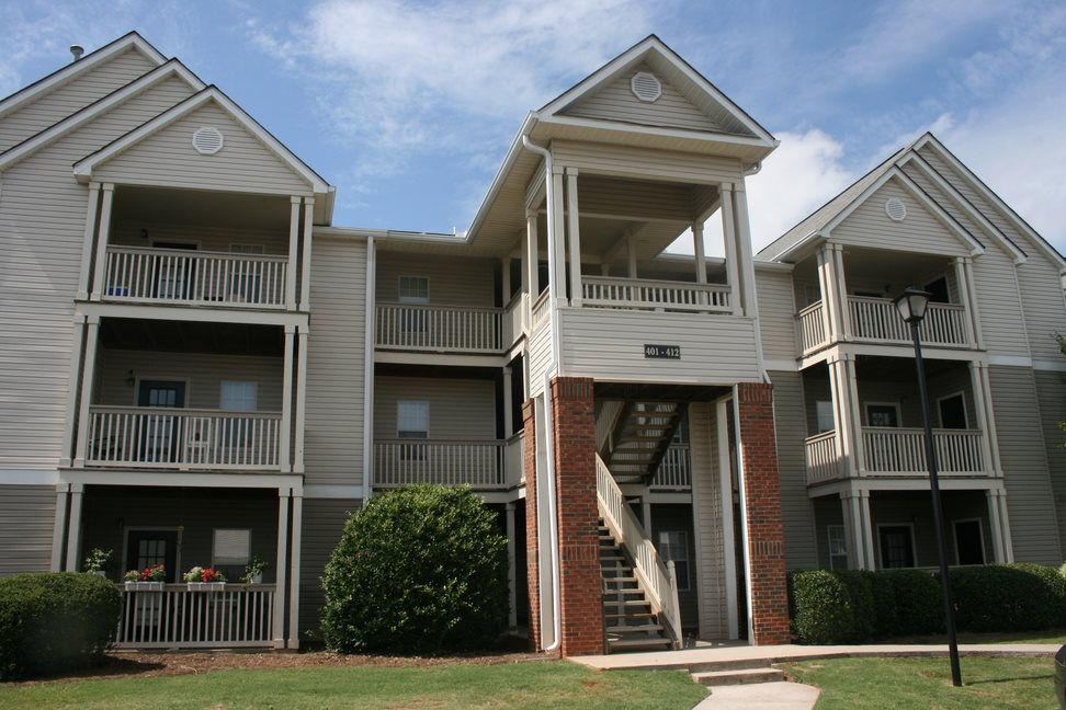 Renovated Apartment Homes Available