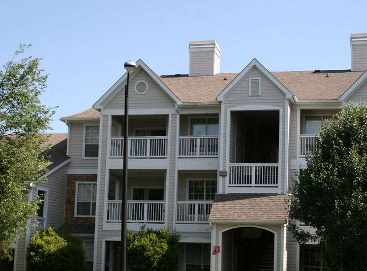 Premier Apartment Communitiesat Lodge at Mallard Creek Apartments, NC 28269