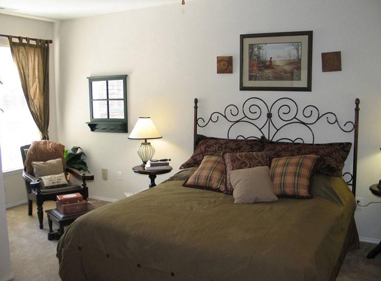 Live in Cozy Bedrooms at Lodge at Mallard Creek Apartments, Charlotte, North Carolina