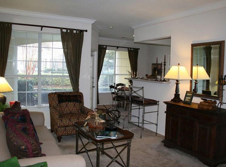 Beautiful Window Blinds and Coverings at Lodge at Mallard Creek Apartments, Charlotte, 28269
