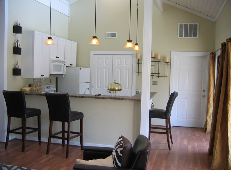 Fully Equipped Kitchens at Woodland Park, Greensboro, NC