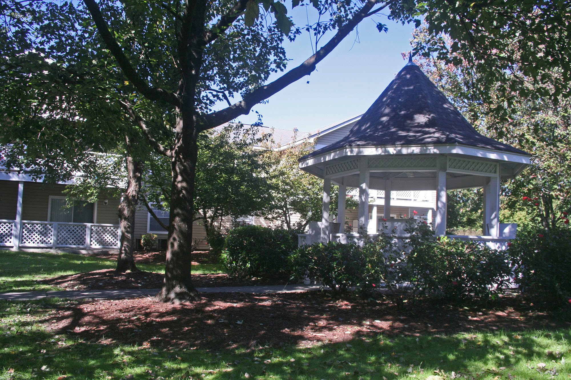 Cypress Pointe, Wilmington, NC has Gazebo and Picnic Areas