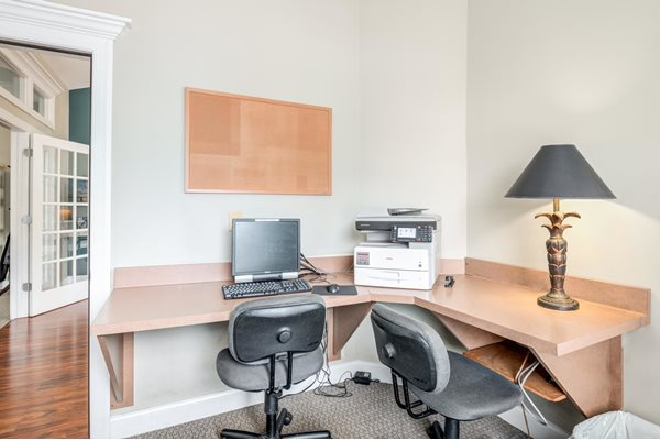 Internet Cafe with High Speed Internet at Woodland Crossing Apartments, New Bern, North Carolina