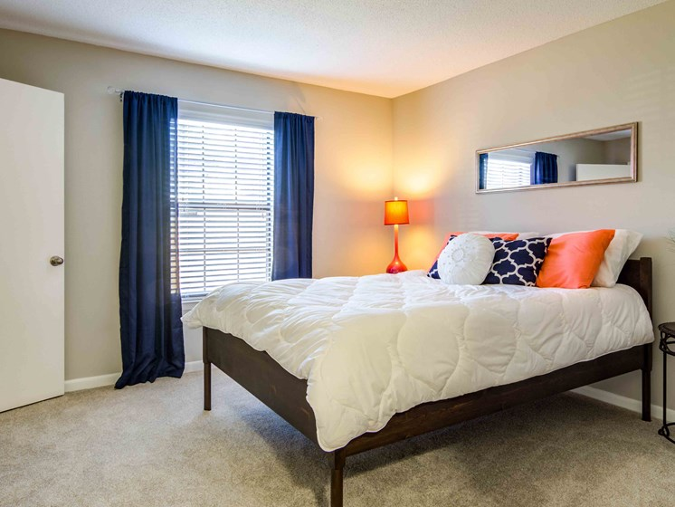 Bedroom With Large Window at Northtowne Village Apartments, Tennessee, 37343