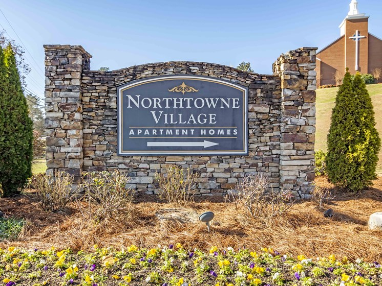 Monument Sign For Property at Northtowne Village Apartments, Tennessee