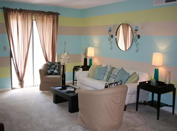 Living room at Northtowne Village Apartment Homes in Hixson, TN, 37343