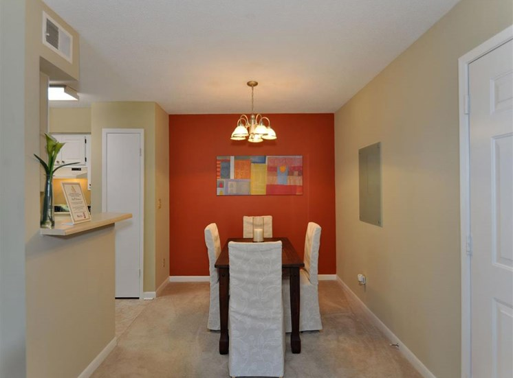 Dining room at  Northtowne Village Apartment Homes in Hixson, TN, 37343