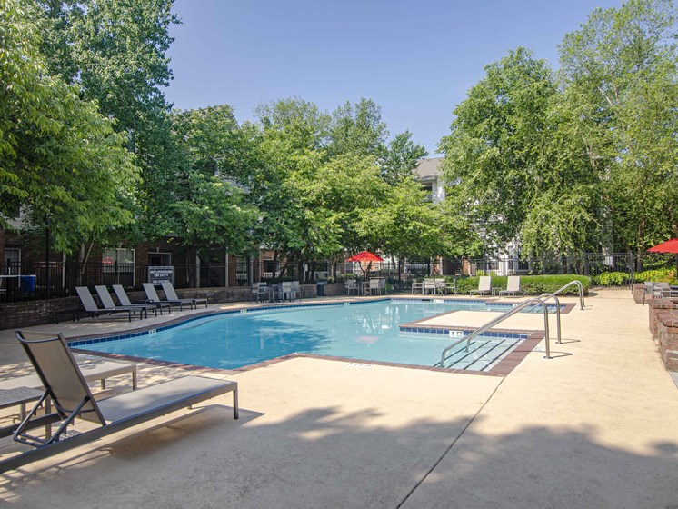 Poolside Sundeck with Relaxing Chairs, at Wyndchase at Bellevue Apartments, Nashville Tennessee