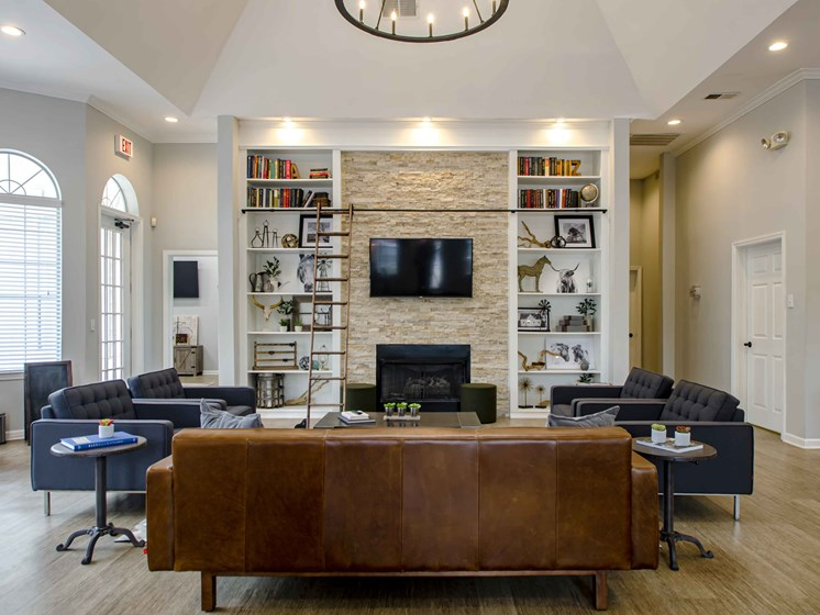 Club Room With Large Screen Tvs And A Fireplace, at Wyndchase at Bellevue Apartments, Nashville, TN 37221
