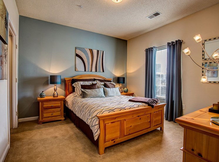 Live in cozy bedrooms at Waterford Landing, Hermitage, 37076