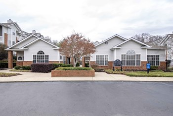 5901 Old Hickory Boulevard 2 Beds Apartment for Rent Photo Gallery 1