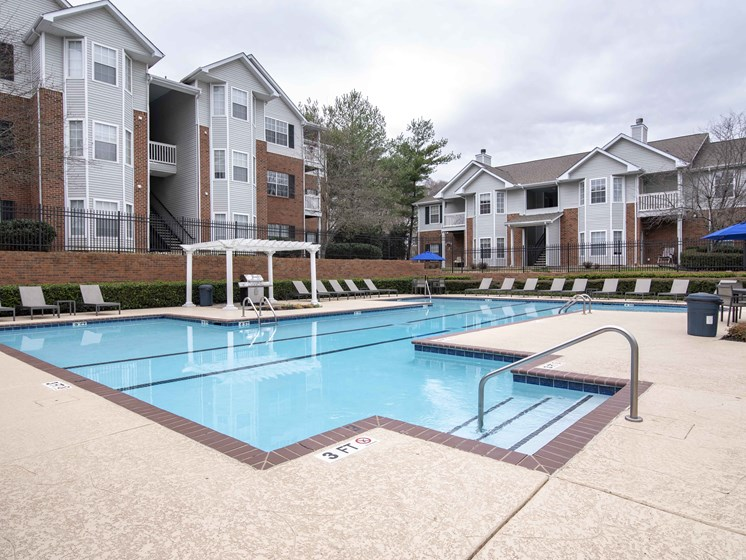 Turquoise Swimming Pool at Waterford Landing Apartments, Hermitage, TN, 37076