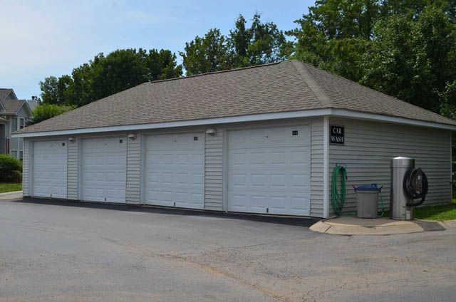 Garages Available at Waterford Landing, Hermitage, TN,37076