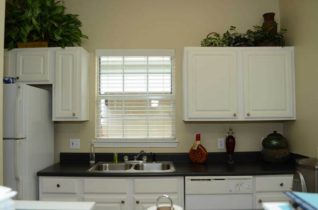 white cabinetry at Waterford Landing, Hermitage, TN,37076
