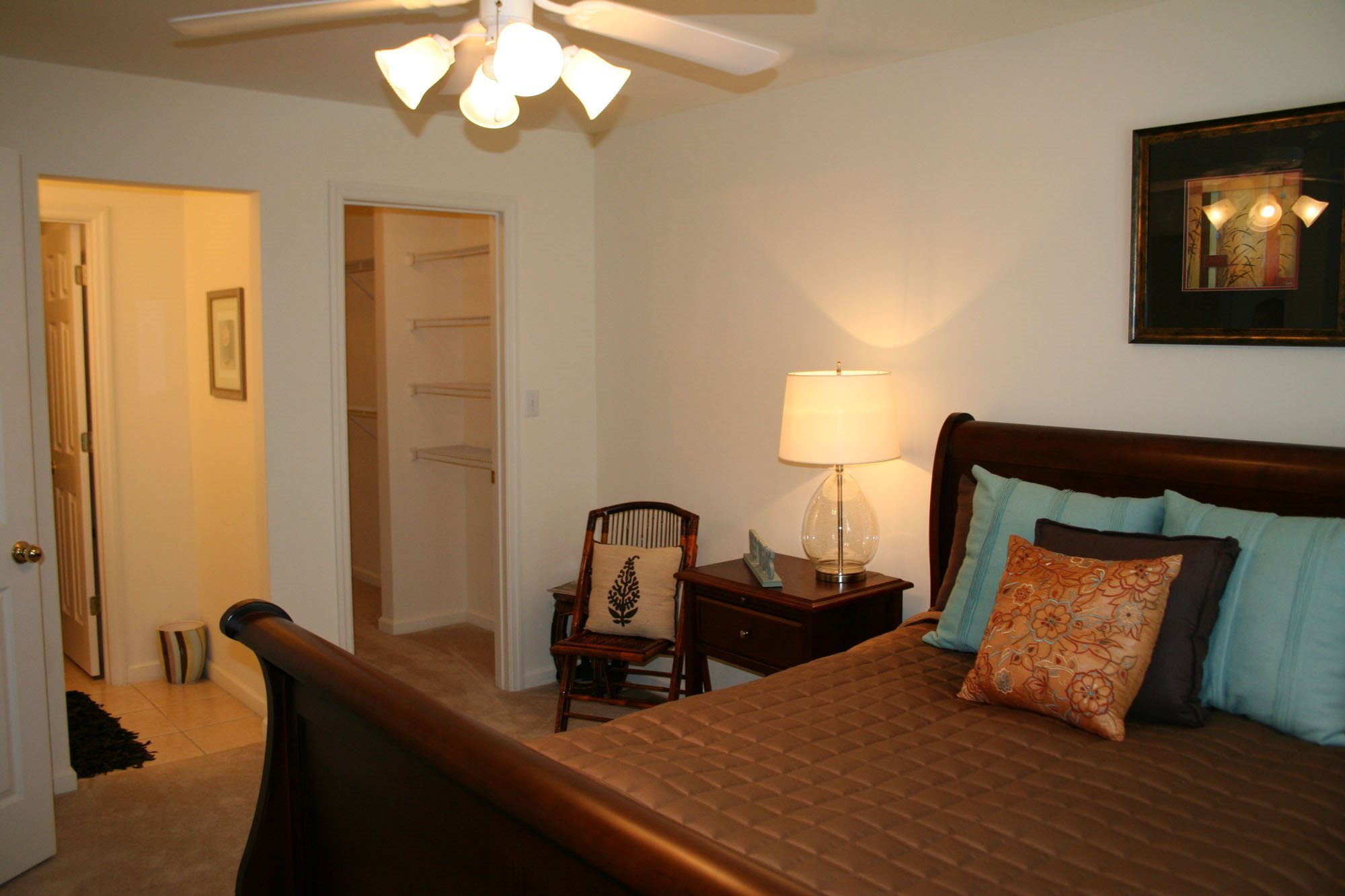spacious bedrooms with en suite bathrooms at Forest Ridge, Knoxville, TN,37931