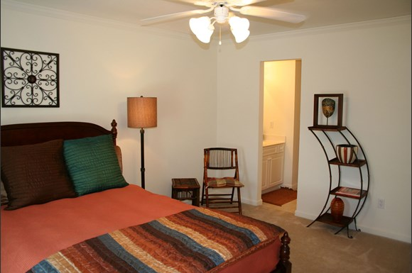 Forest Ridge Apartments, 9706 Smoky Ridge Way, Knoxville, TN ...