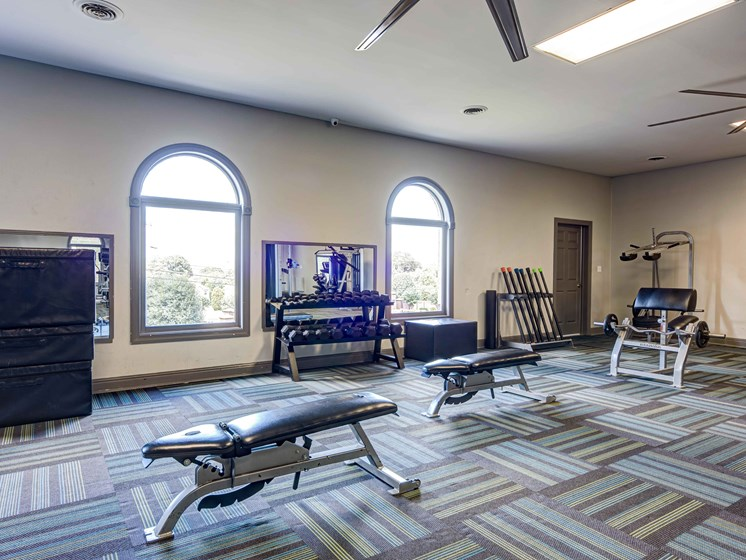 Fitness Center With Modern Equipment at Forest Ridge Apartments, Tennessee, 37931