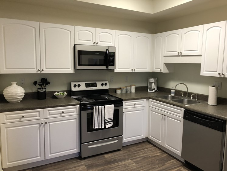 Fully Equipped Kitchen at Forest Ridge
