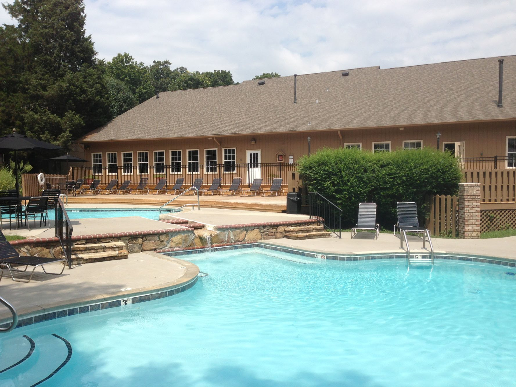 Beautiful 4 Resort Style Pools at Eagle Pointe, 37931