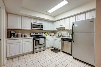 11647 Chapman Hwy 1-3 Beds Apartment for Rent Photo Gallery 1