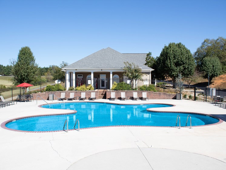 Invigorating Swimming Pool at Smoky Crossing Apartments, Tennessee, 37865