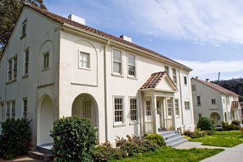 Presidio Residences 1 3 Beds Duplex Triplex For Rent Photo Gallery
