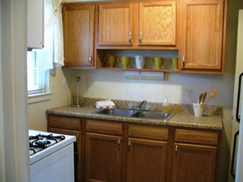 418 Marshall Walk 1-3 Beds Apartment for Rent Photo Gallery 1