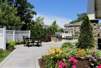 486 Sand Creek Road 1-2 Beds Apartment for Rent Photo Gallery 1