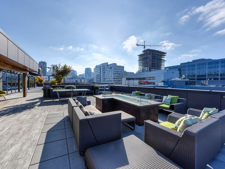 Luxury Apartment Community Rooftop Lounge with Fireplace