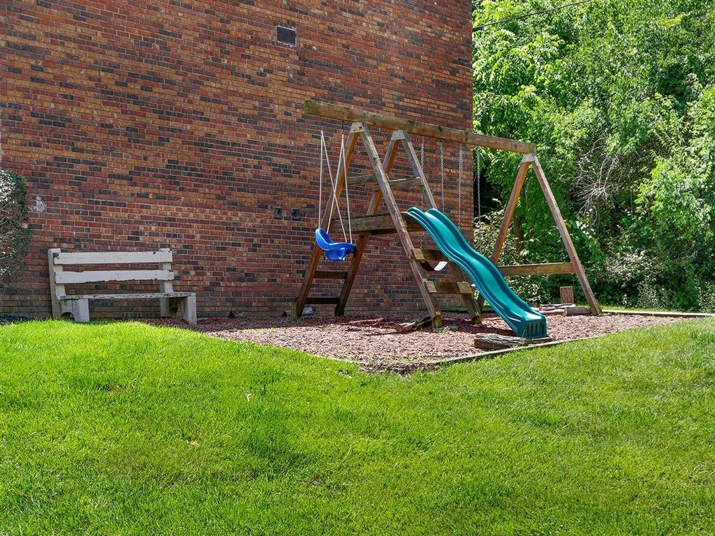 Playground at Heritage Hill Estates Apartments, Cincinnati, OH
