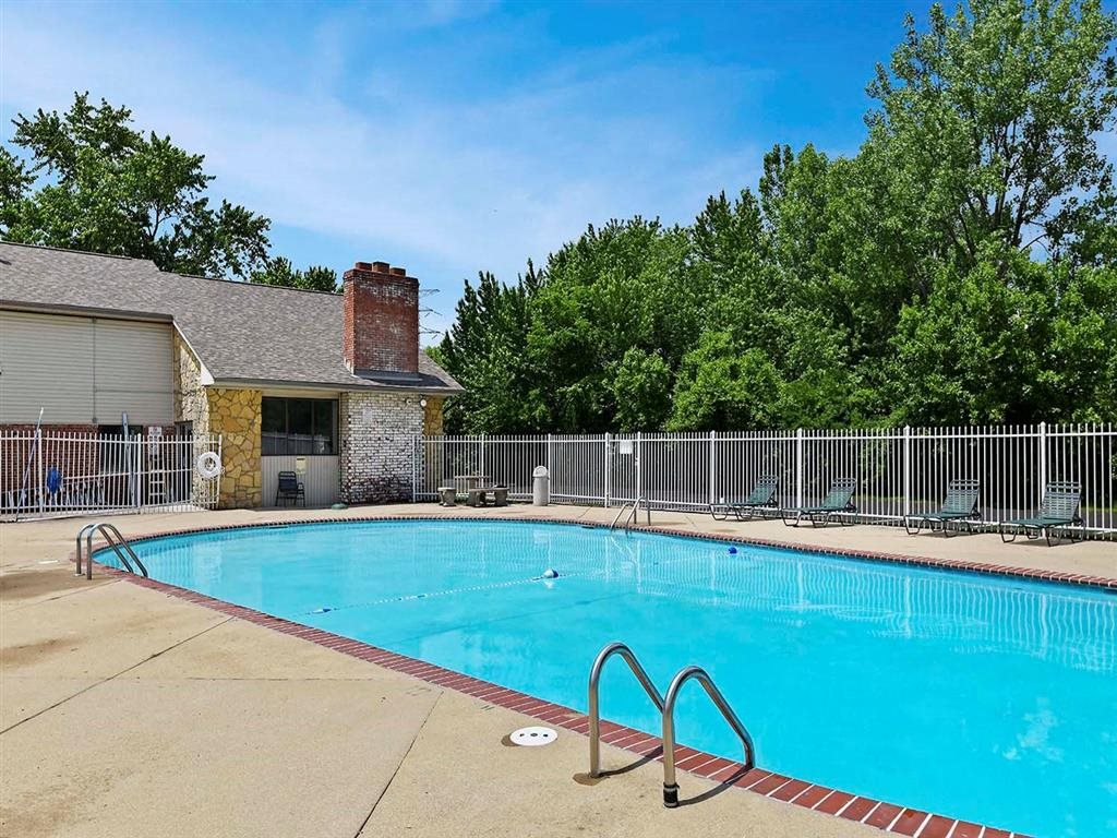 Cool Blue Swimming Pool at Westpark Townhomes, Indiana, 46214