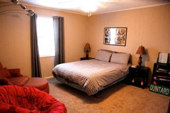 837 N Gay Street 2 Beds Apartment for Rent Photo Gallery 1