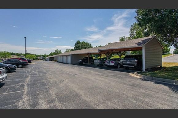 The Township Apartments Kansas City