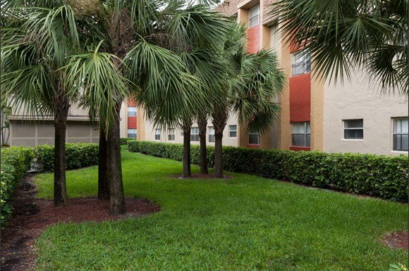 Park plaza apartment homes 17600 nw 5th ave miami fl - Efficiency for rent in miami gardens ...