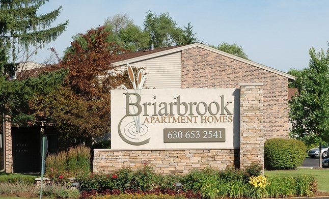 Outdoor Welcome Sign at Briarbrook Apartments, Wheaton, Illinois