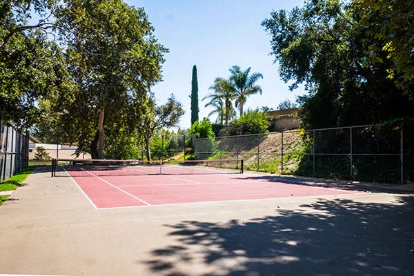 Apartments in Westlake Village Tennis Court