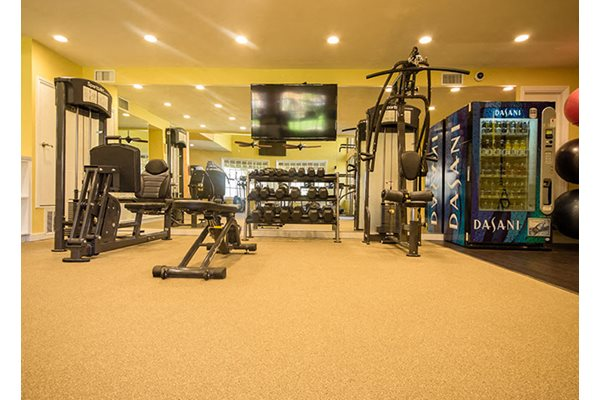 Westlake Village Apartments Free Weights