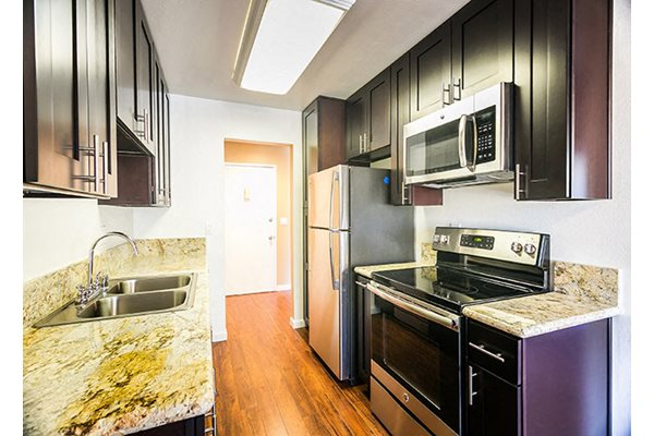 Westlake Village Apartments Stainless Steel Appliances Espresso