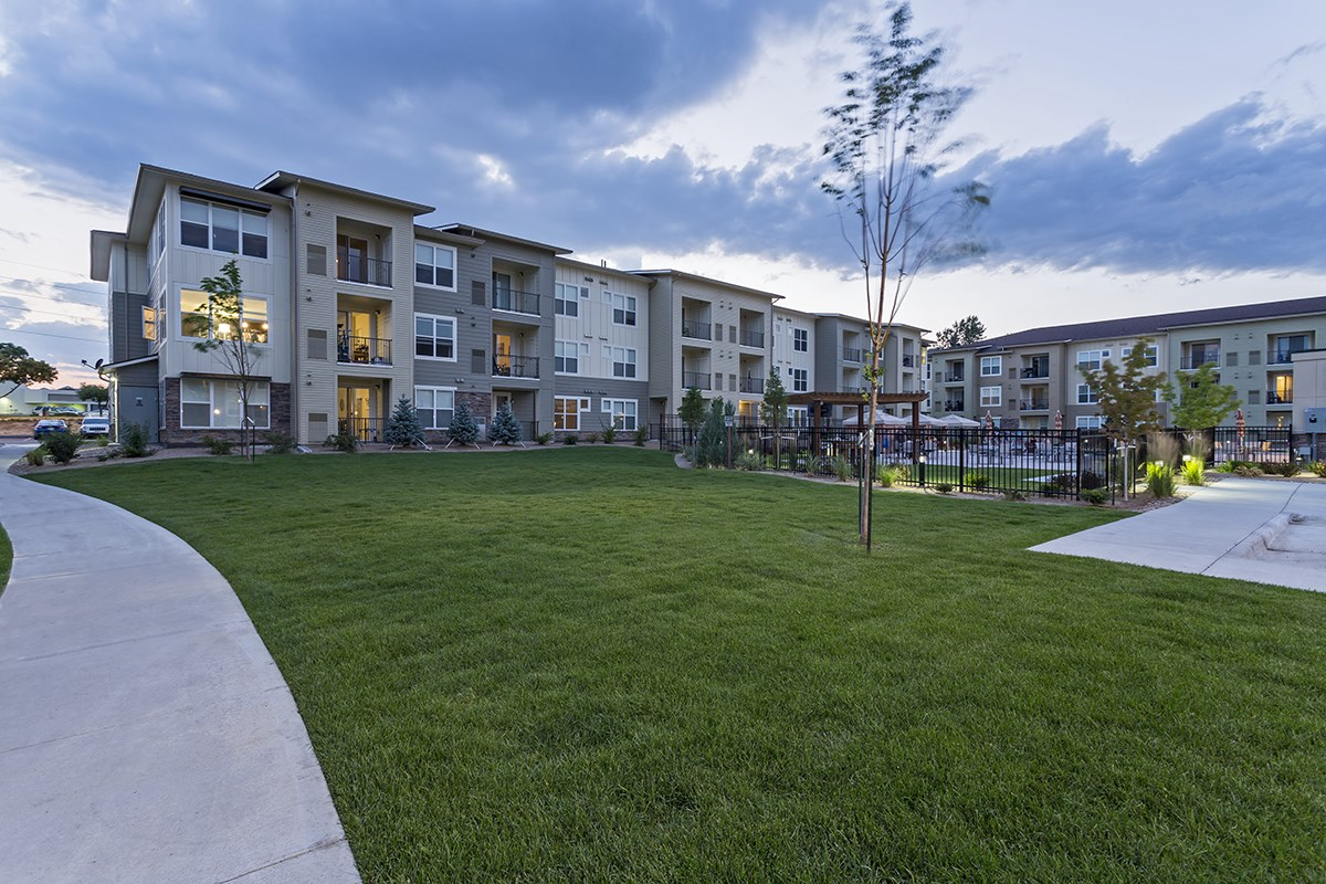 Exterior at Westlink at Oak Station Apartments in Lakewood, CO