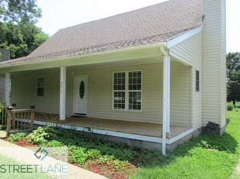 5913 New Hope Court 4 Beds House for Rent Photo Gallery 1