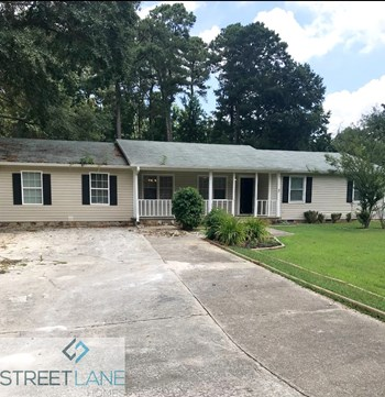 2141 Moon Drive SW 3 Beds House for Rent Photo Gallery 1