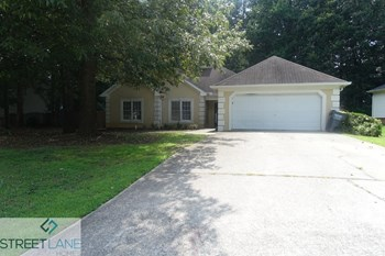 2851 Park Chase Drive 3 Beds House for Rent Photo Gallery 1